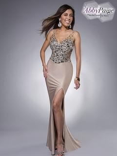Shimmering stretch jersey sheath prom dress with V-neck