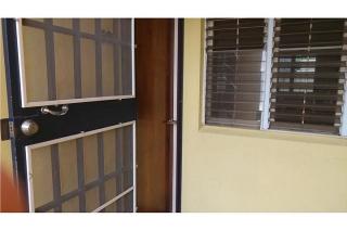 Amplio Apartamento en Estancias del Rey (Primer Piso)