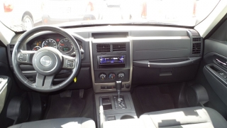 Jeep Liberty Sport Rojo Vino 2012
