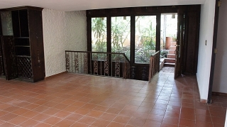 Make Your Offer!!!  13-0358 property in Ext Beverly Hills in Guaynabo, P.R