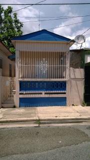 Casa con buena localización y precio