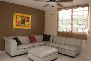 Casa alquiler Urb El Encanto en Juncos-787-236-2268