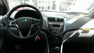 Hyundai Accent GL Plateado 2016