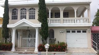 Bella Residencia Jardines de Palmarejo $475