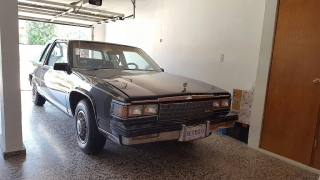 Cadillac Fleetwood Deville BVF 1986 Verde