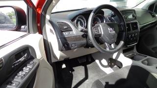 Dodge Grand Caravan Sxt Rojo 2014
