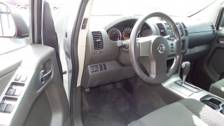 Nissan Pathfinder S Plateado 2012