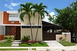 EXCLENTE PROPIEDAD DE ESQUINA RIBERAS DEL RIO | Bienes Raíces > Residencial > Casas > Town Houses | Puerto Rico > Guaynabo