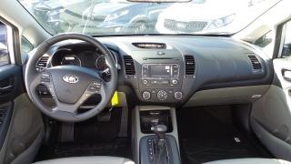 Kia Forte 5-door Ex Plateado 2016