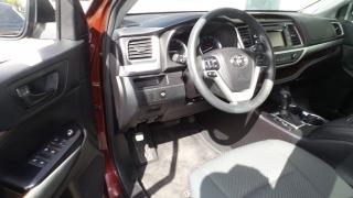 Toyota Highlander LE Rojo Vino 2015