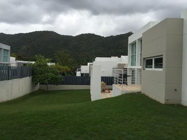 Mansiones de ciudad jardin bienes ra ces residencial for Residencial casas jardin
