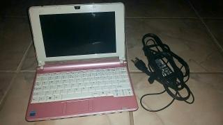 """Computadora de 10"""" color rosita"""