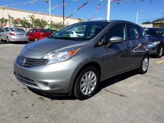 Nissan Versa Note S Plus Gris 2015