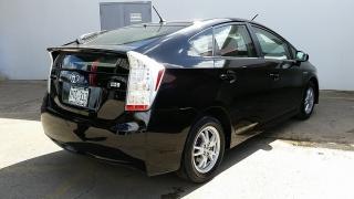 Toyota Prius V Negro 2010
