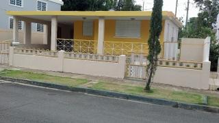 Alquiler de residencia en Urb. Country View, Canóvanas