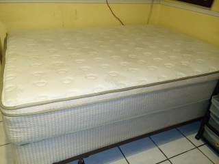 Set Matress Queen Serta y Frame