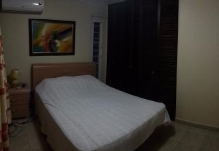 Villas de Playa 1, cuarto en casa con dos compañeros