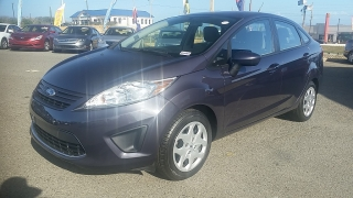Ford Fiesta S Gris Oscuro 2012