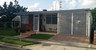 Urb Jardines de Barcelona / Linda y Comoda Casa Esquina / Excelente Localización y Buen Precio $$