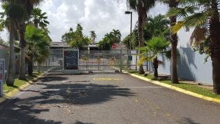 *COND. TORREMOLINOS, GUAYNABO, $92,500, aportamos 4% para gastos*