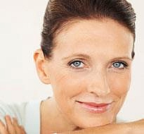 Línea de productos antienvejecimiento de Face-a-Lift