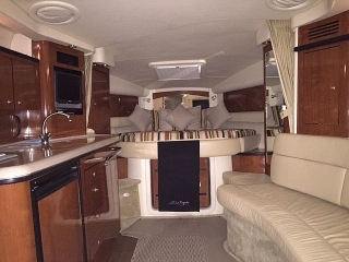 Sea Ray Sundancer 340 '07  T- Yanmars 315 / Like new!