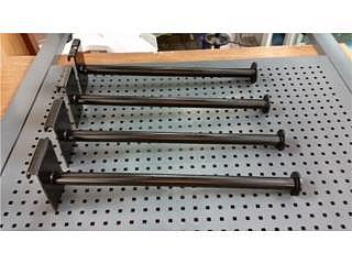 Ganchos y Paneles Grid de Metal