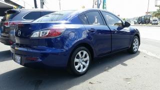 Mazda Mazda3 i SV Azul 2013