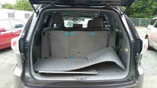 Toyota Highlander LE Gris Oscuro 2014