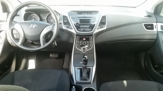 Hyundai Elantra SE Plateado 2014