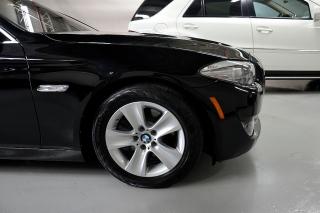 BMW 528i SPORT PREMIUM 2011