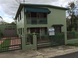 Barrio Bayamon Sector Miramontes - Cidra - #9070
