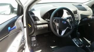 Hyundai Accent 5 Plateado 2016