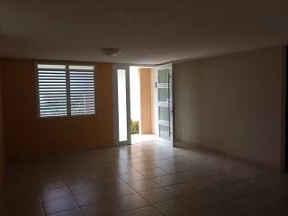 Preciosa casa remodelada en Riachuelo, Encantada