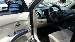 Mitsubishi Outlander ES Marron 2010