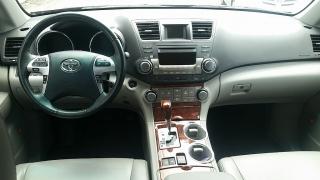 Toyota Highlander Limited Rojo Vino 2011
