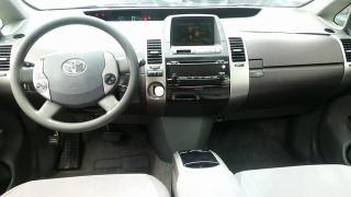Toyota Prius 4dr Sdn Hybrid Plateado 2004