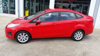 Ford Fiesta Se Red 2012