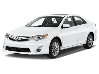 Toyota Camry Le White 2014
