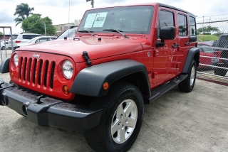 Jeep Wrangler Unlimited Sport Rojo 2013