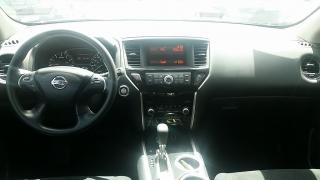 Nissan Pathfinder S Gris Oscuro 2013