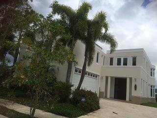 Haga Su Oferta!!! 15-0314 Propiedad de ubicada en la Urb. Cautiva en Caguas, PR.