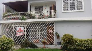 VENTA CASA DOS PISOS MUNOZ RIVERA GUAYNABO