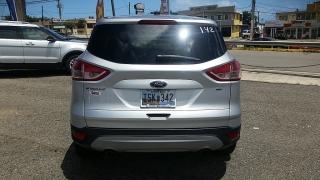Ford Escape SE Plateado 2015