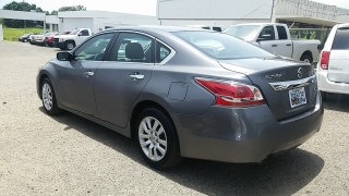 Nissan Altima 2.5 S Gris Oscuro 2015