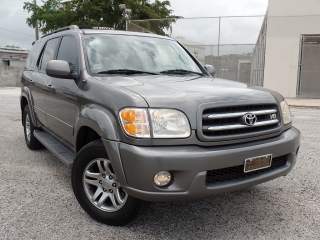 TOYOTA SEQUOIA LIMITED 2003 !! FAMILIAR Y SEGURA !!