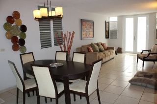 Preciosa casa remodelada excelentes condiciones!, Trujillo Alto