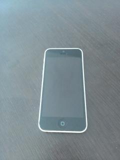 IPhone 5c (CLARO)