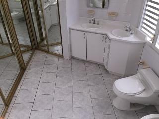 Casa 3 cuartos 3 baños estacionamiento para 4 autos