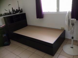 Se vende cama twin con matre